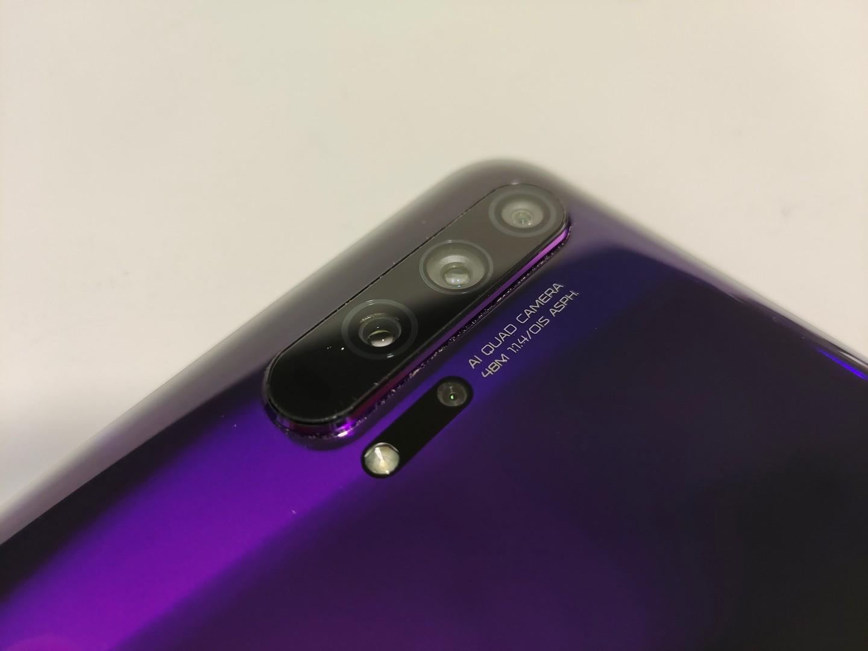 Смартфон Honor 20 Pro
